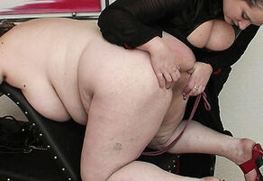 plus-size mommy fisted by her step..