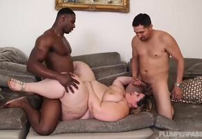 Ssbbw gets nailed infront of hubby by..