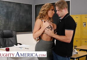 Nasty America - Richelle Ryan Romps..